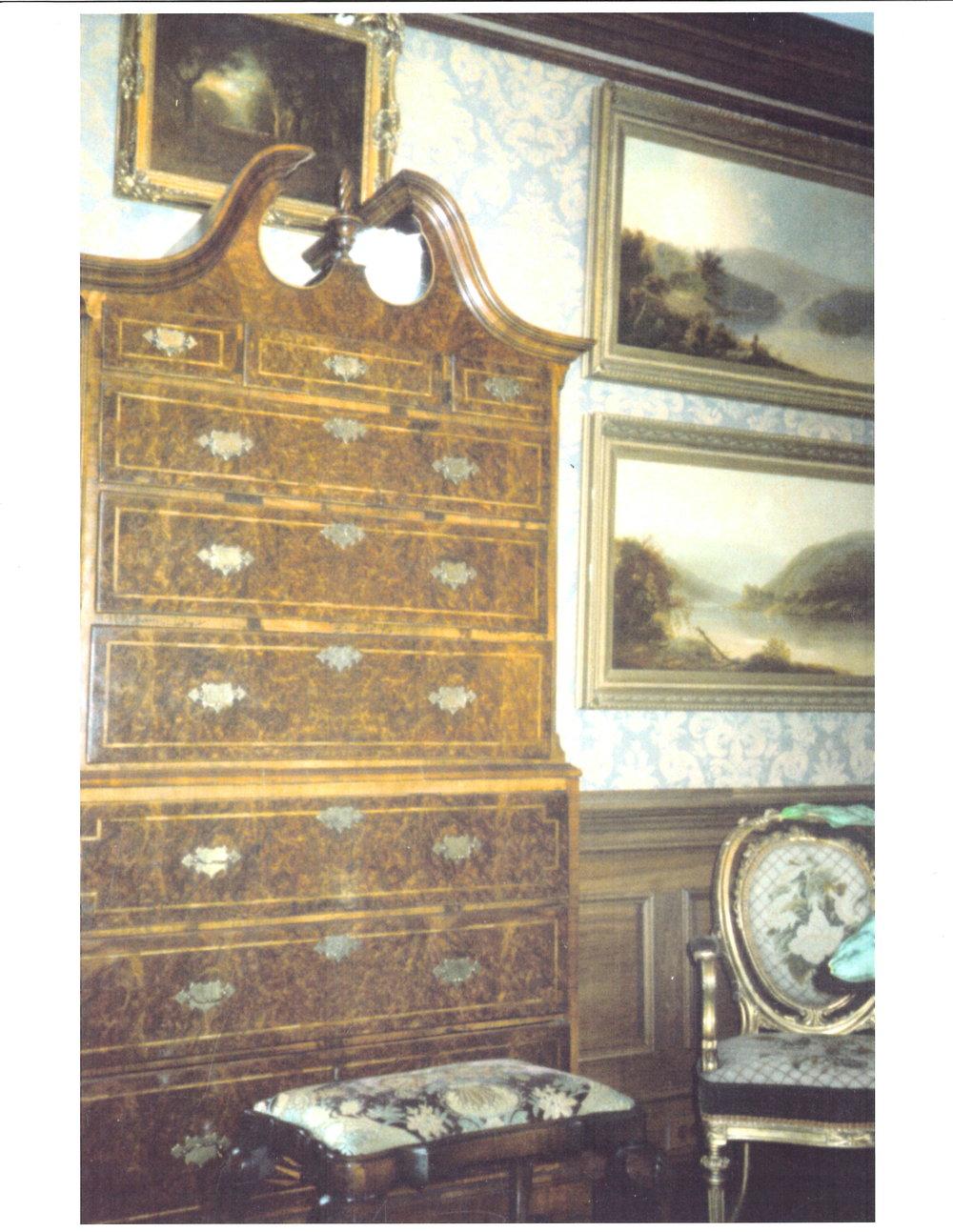Oglethorpe Antiques Portfolio082715140809-000.jpg