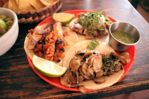 Pescado Taco // Ongos Taco