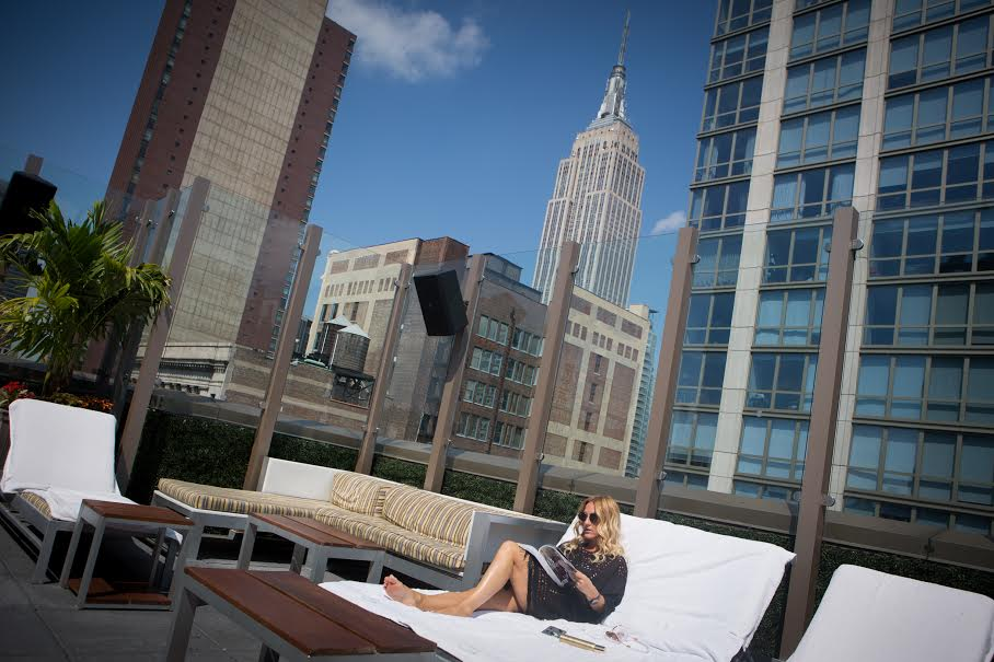 mademoiselle jules Ganesvoort Park New york city fashion weel isabel marant dress roof top empire state building