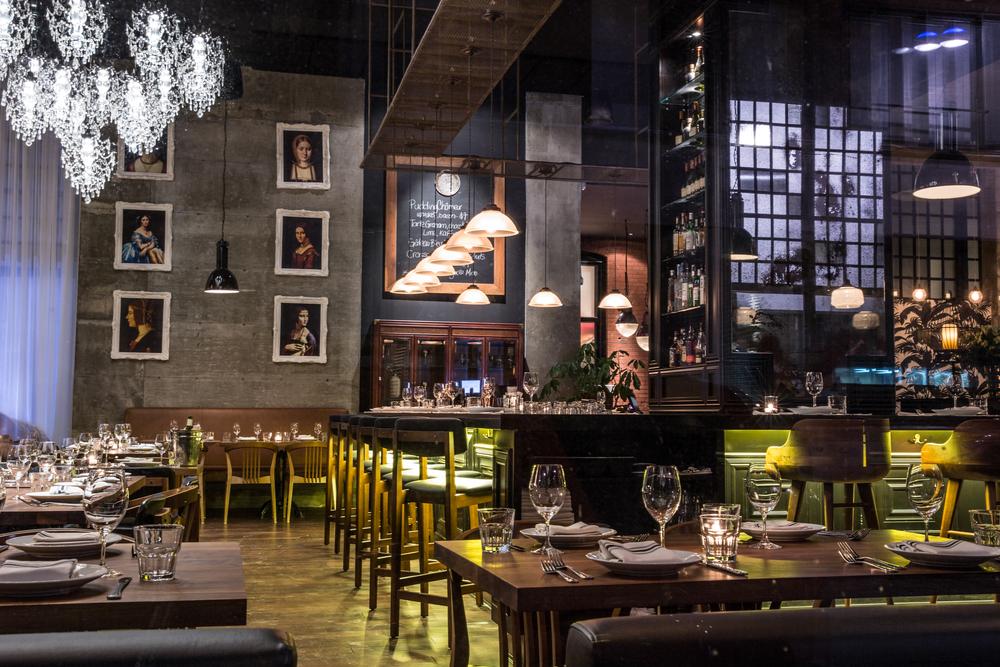 jellyfish crudo charbon restaurant vieux montreal lifestyle blog mademoiselle jules
