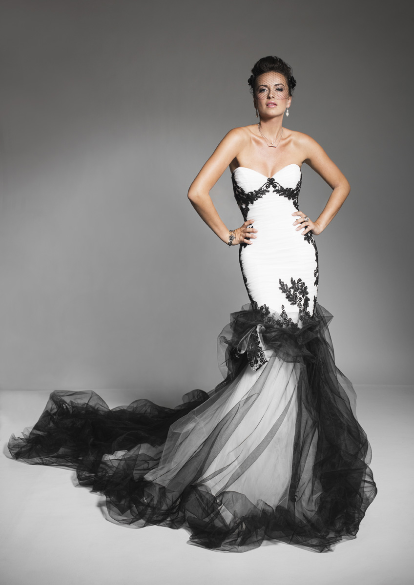 black_white_bridal_dress_1.jpg