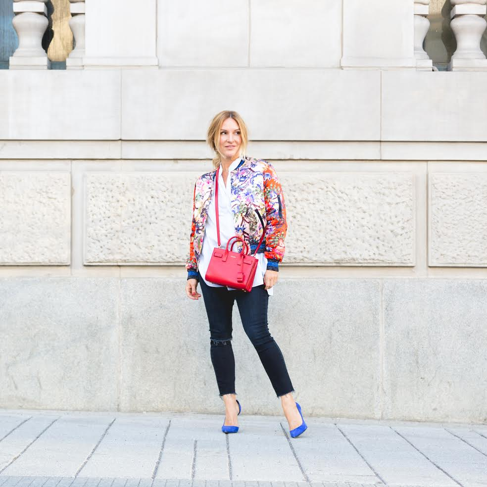 mademoiselle jules fashion blogger montreal red bag blue shoes