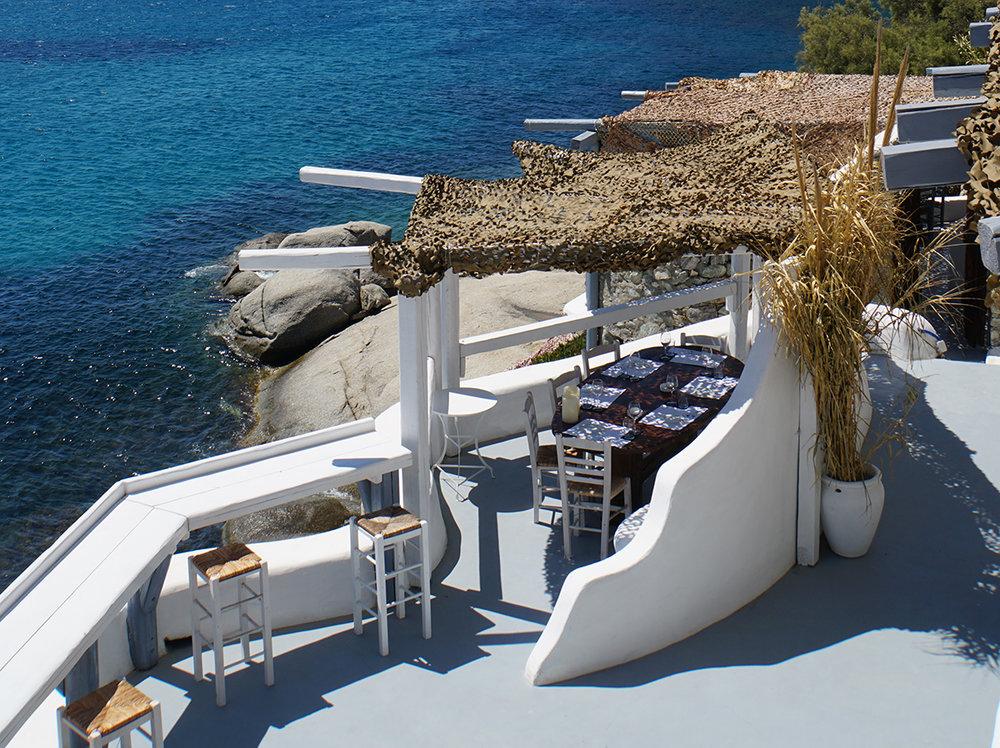 spilia restaurant mykonos, travel blogger mademoiselle jules