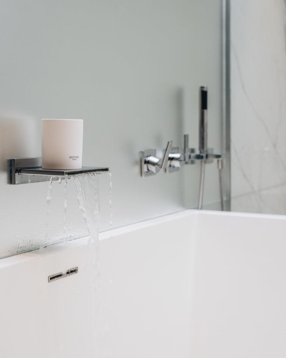 apotheke bath.jpg