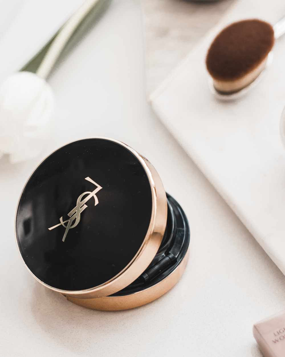 YSL - Fusion Ink Cushion Foundation