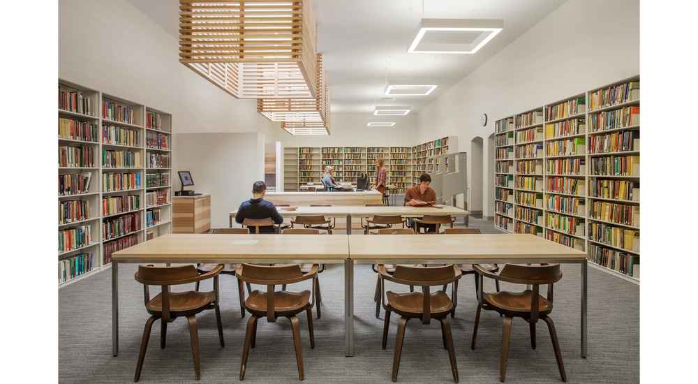 University of Chicago Eckhart Hall Library . Woodhouse Tinucci Architects