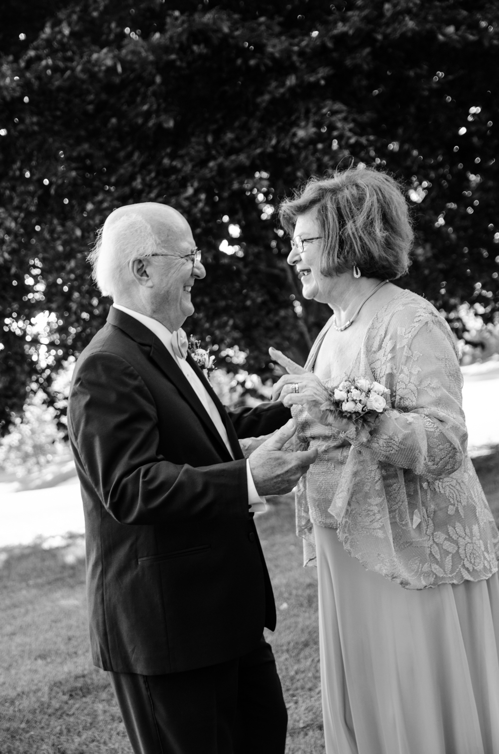 MaryAnn+Ken l 50th Wedding Anniversary l Olivia Christina Photography (138).jpg