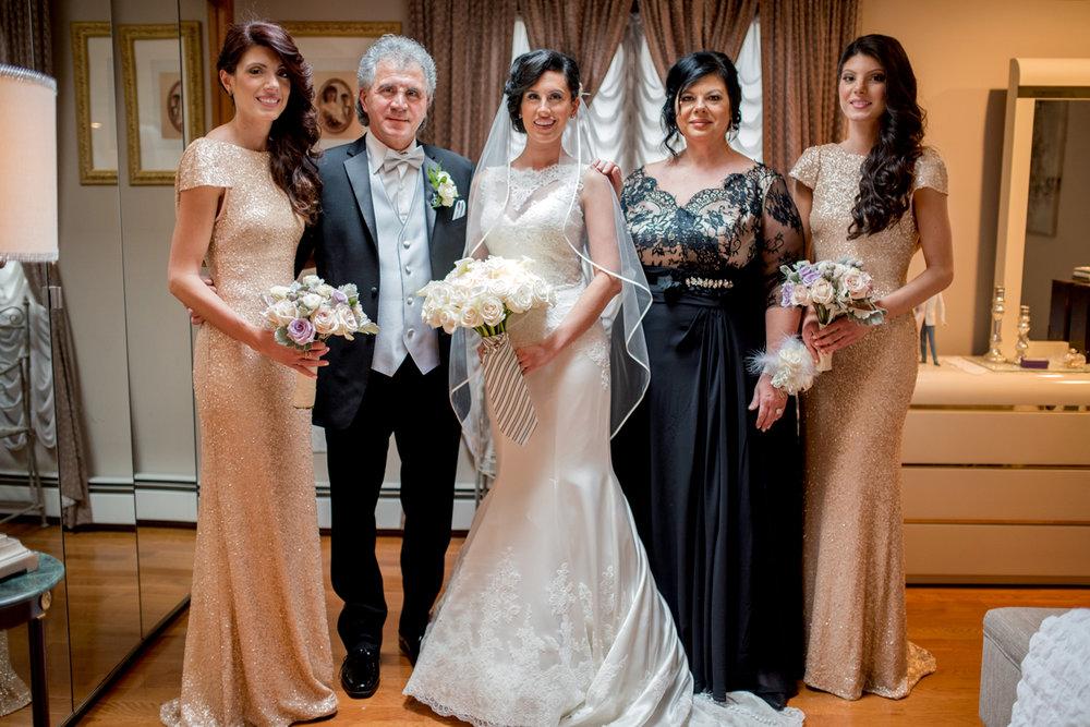 Michelle+Joe- Bride's Family Portrait - Ryland Inn Winter Wedding - New Jersey - Olivia Christina Photo.jpg