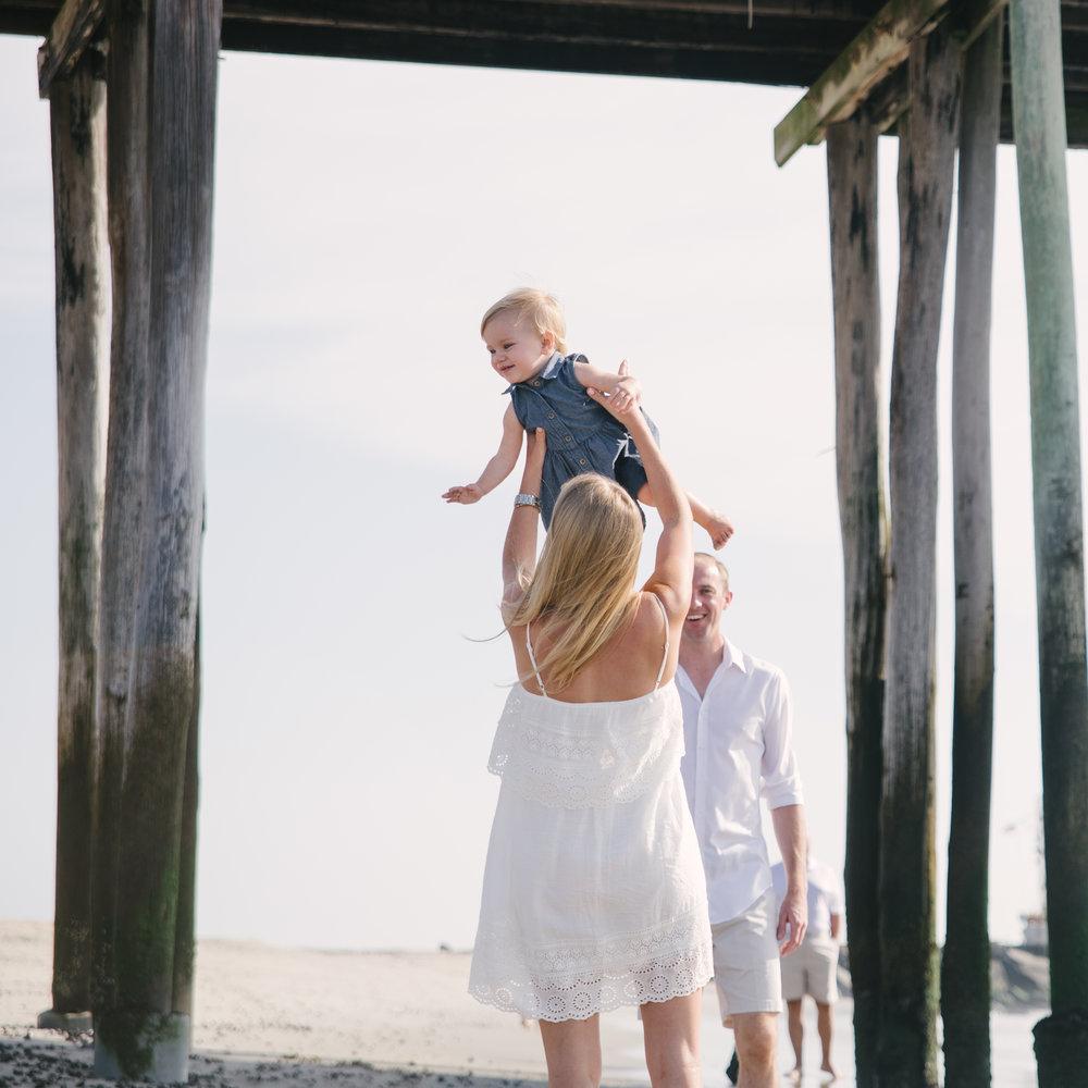 MillerFamily-ModernHeirloom-SeasideFamilyPhotoSession-BelmarNewJersey-OliviaChristinaPhoto-62.JPG