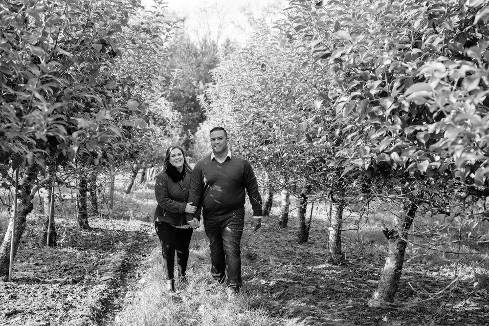 Warwick Winery Engagement Session- Diana+Jon- Fall Engagement Photos- New York- Olivia Christina Photo-34.jpg