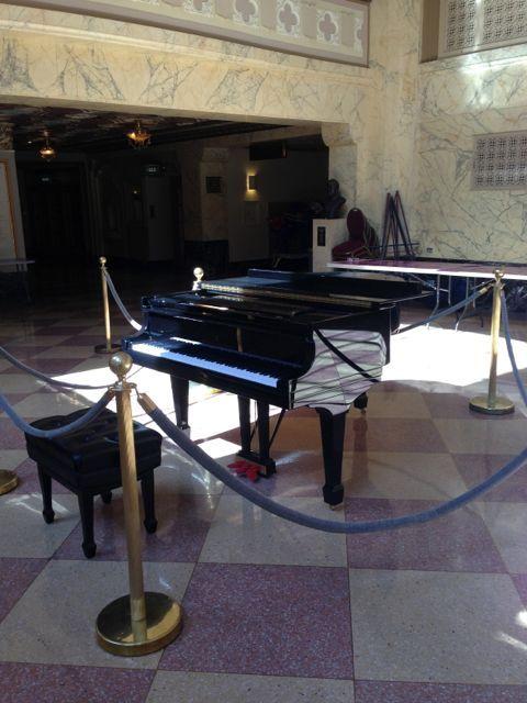 lobby_piano_1.jpg