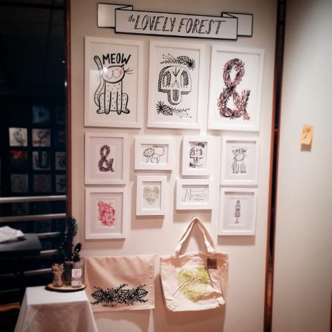 American Greetings Holiday Gallery Flea