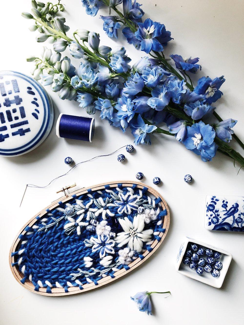 oandystudio.chinoiserie.delft.bleu.blue.fibre.art.hanging.embroidery.hoop.crewel.tapestry.crochet.flower