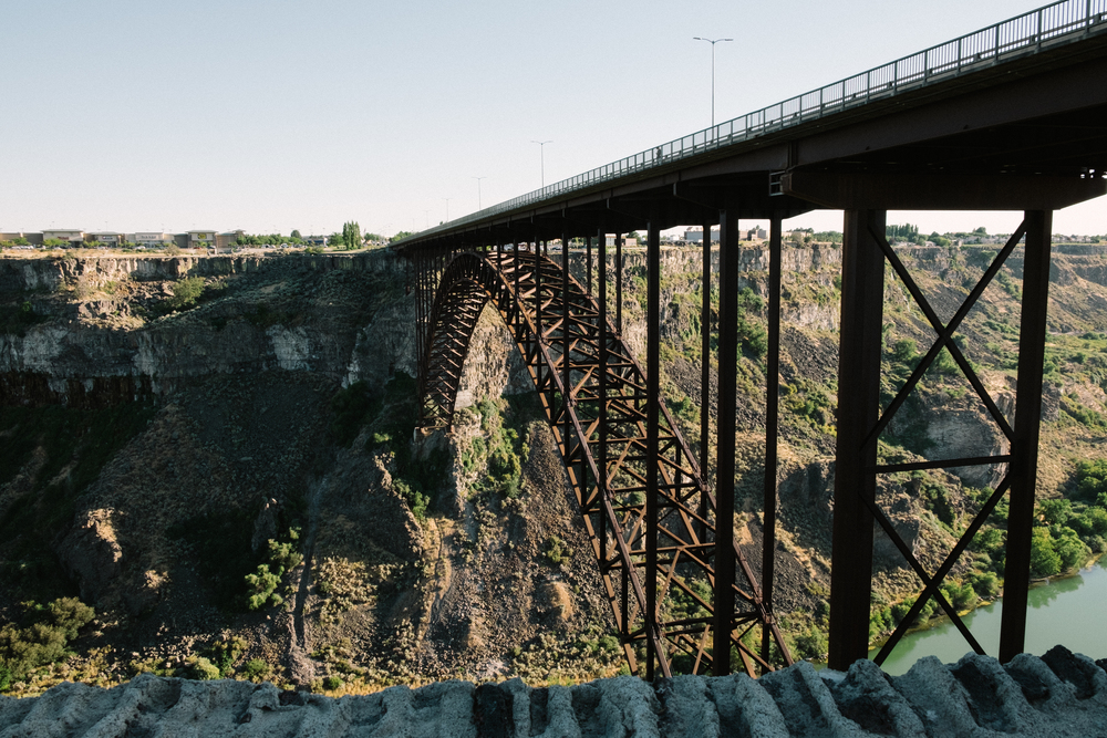 The Snake River cuts right through parts of I-84 making it a wonderfully scenic drive from Twin Falls to Boise.