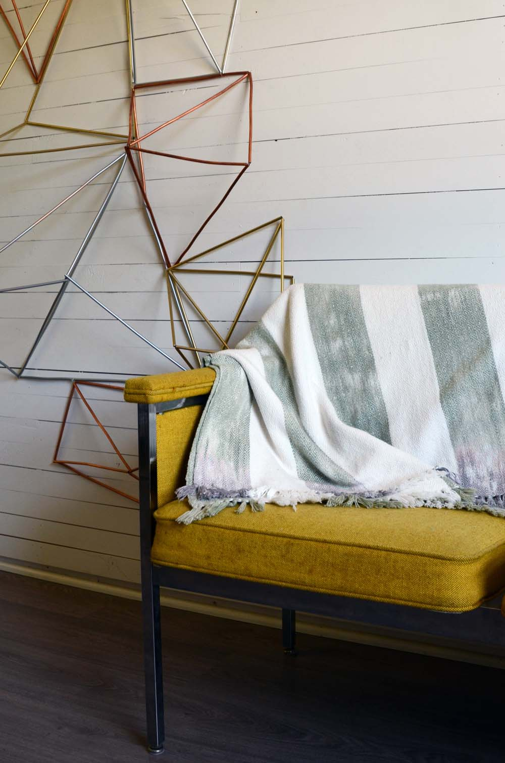 Blankets-3.jpg