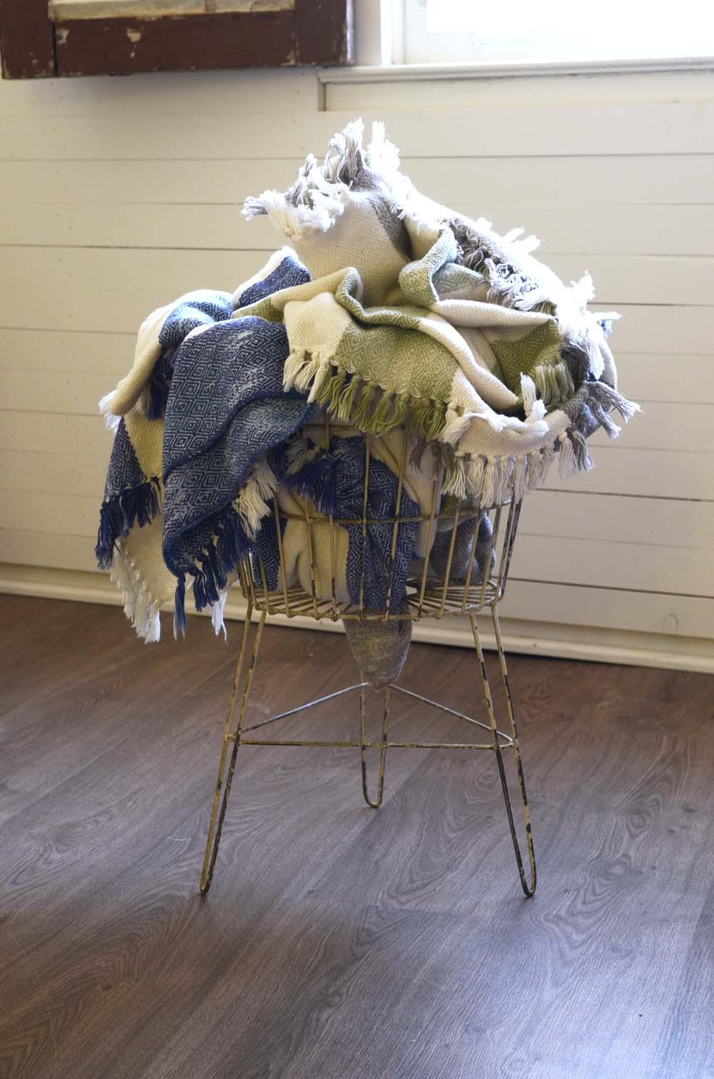 Blankets-14.jpg