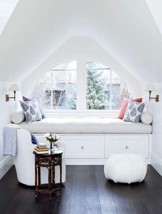 whitespaceroom3.jpg