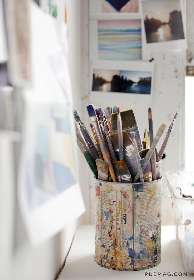 paintbrushincontainer.jpg