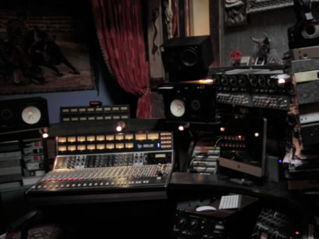 tour_recording-2.jpg