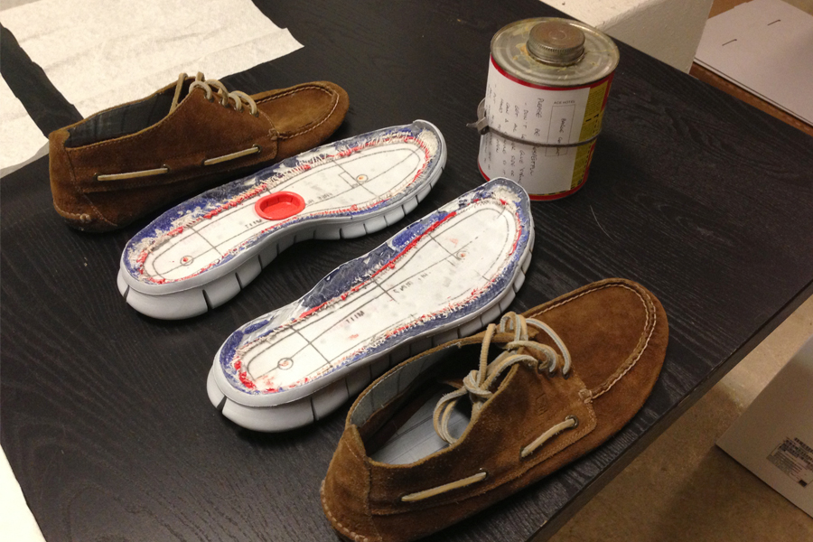 david_whetstone_design_nikefreesperry_gluing_new.jpg