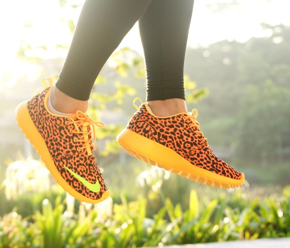Ken-Ty-Nike-Roshe-Run-FB-Leopard.jpg