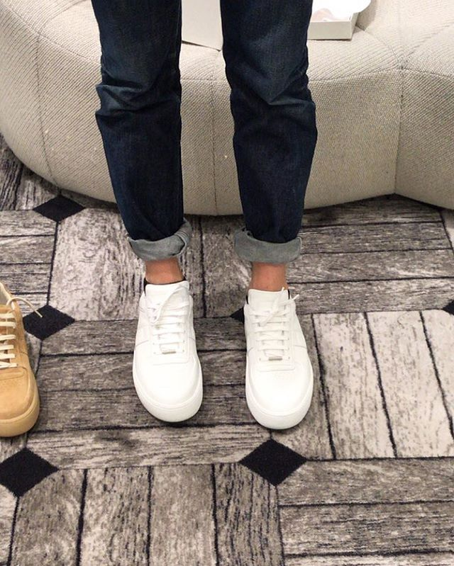Shoezzzzzzzzz. #margiela #maisonmargiela #creeper #sneaker #white #allwhite #margielasneakers #maisonmargielasneakers #footwear #footweardesign