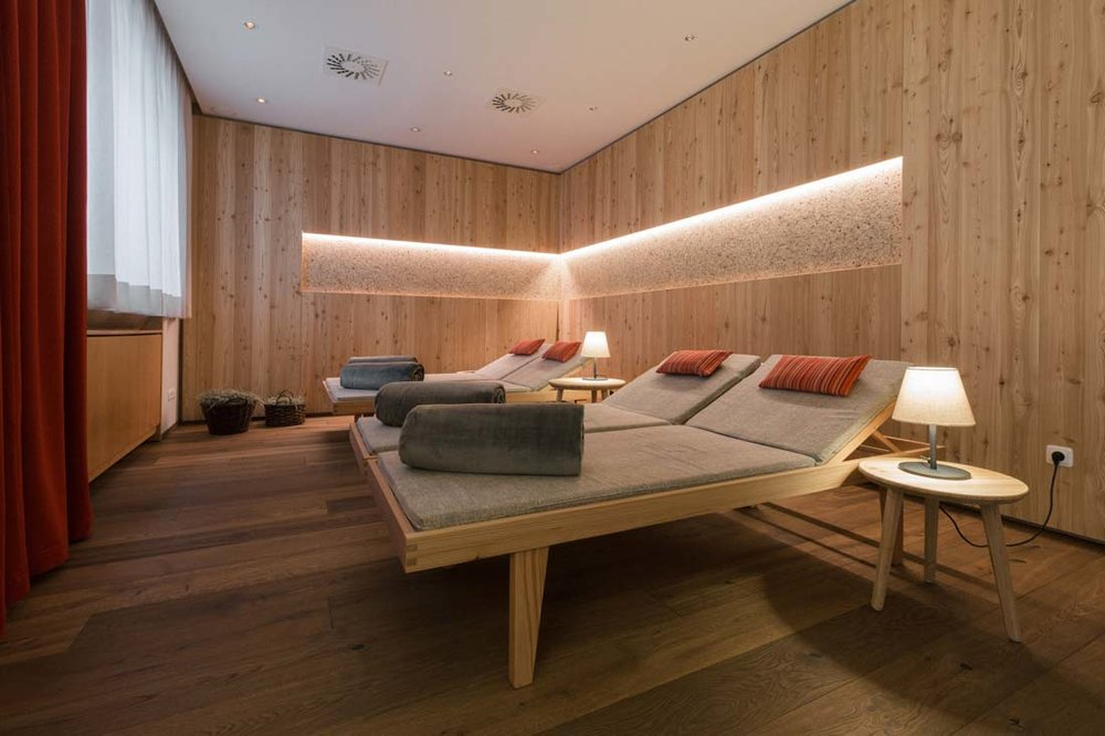 11-konzept-nationalpark-lodge-grossglockner-designkitchen.jpg