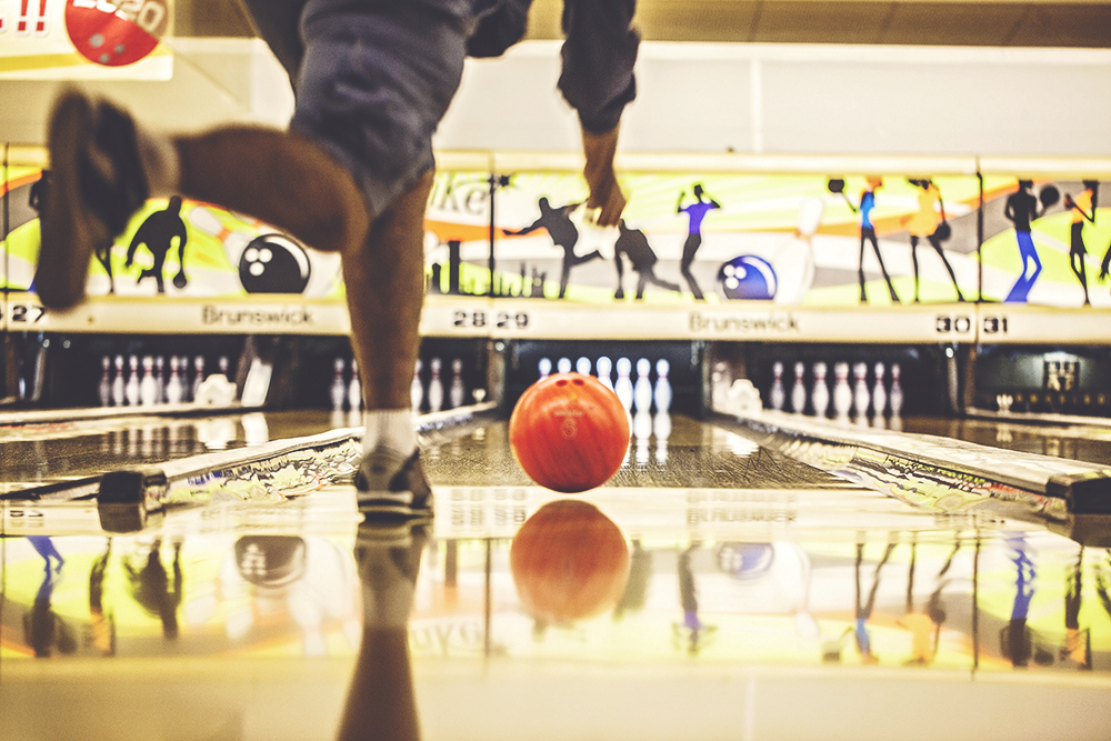 During Golden Week, bowling was one of the few places open.