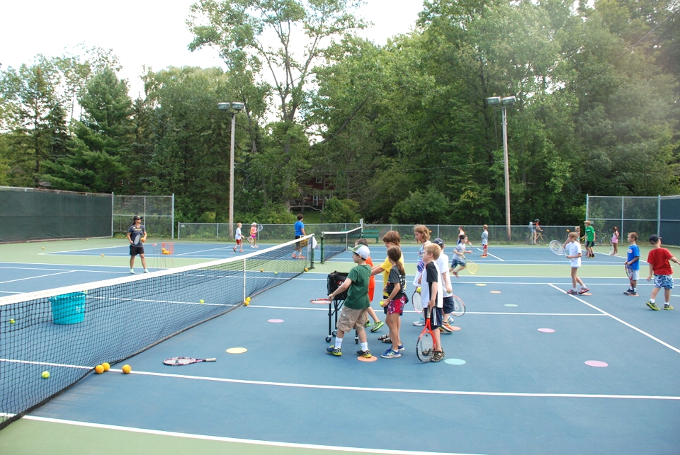 Tennis Pro lead competitive and recreational programs.