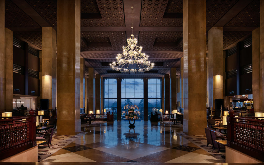 18-14-Hyatt2day-lobby.JPG