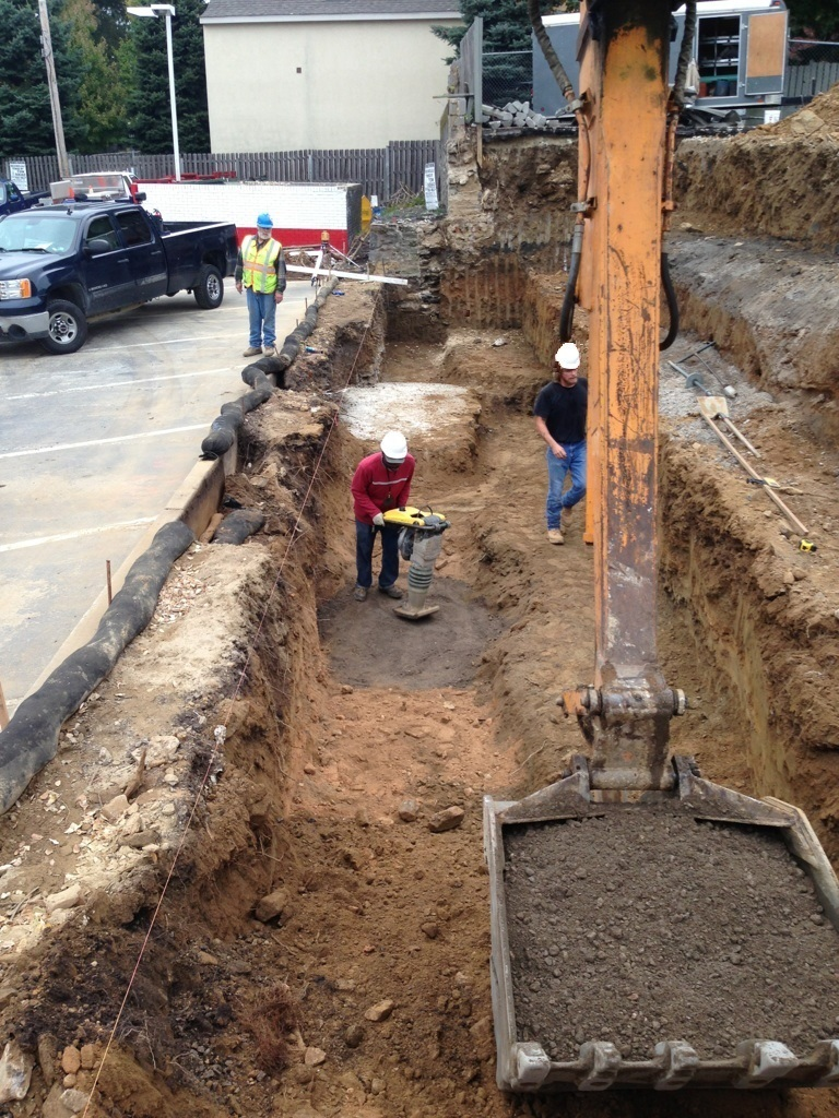 Rosemont - New Wall Excavation