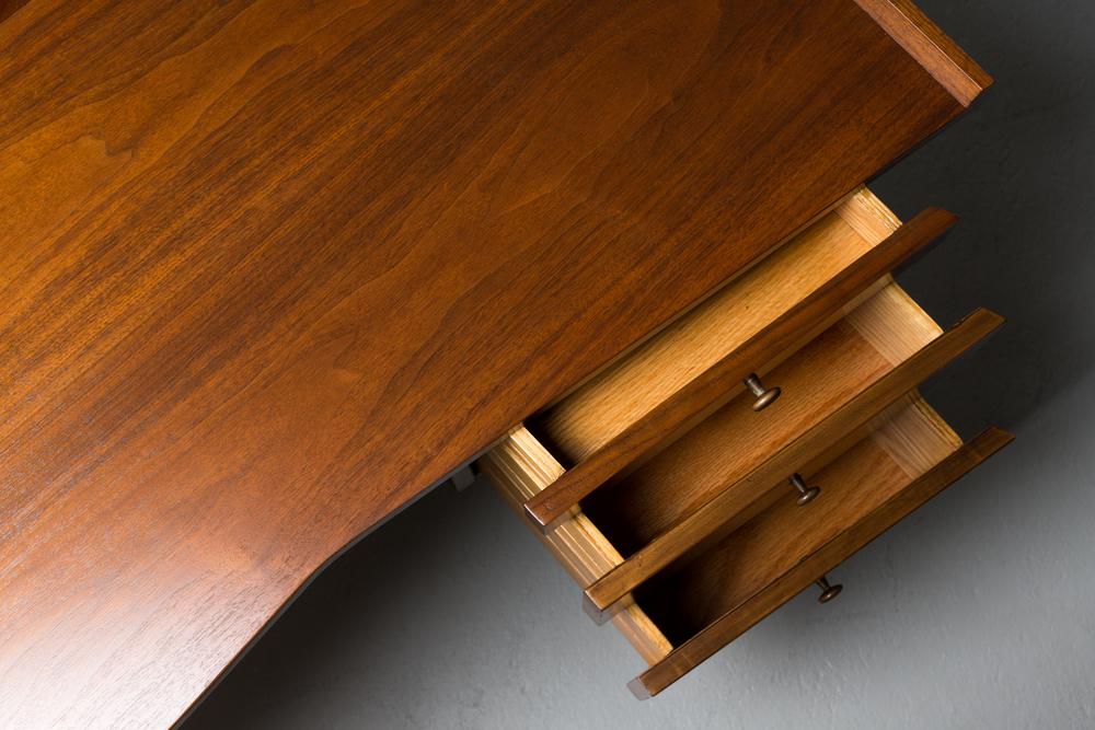 Nakashima Desk