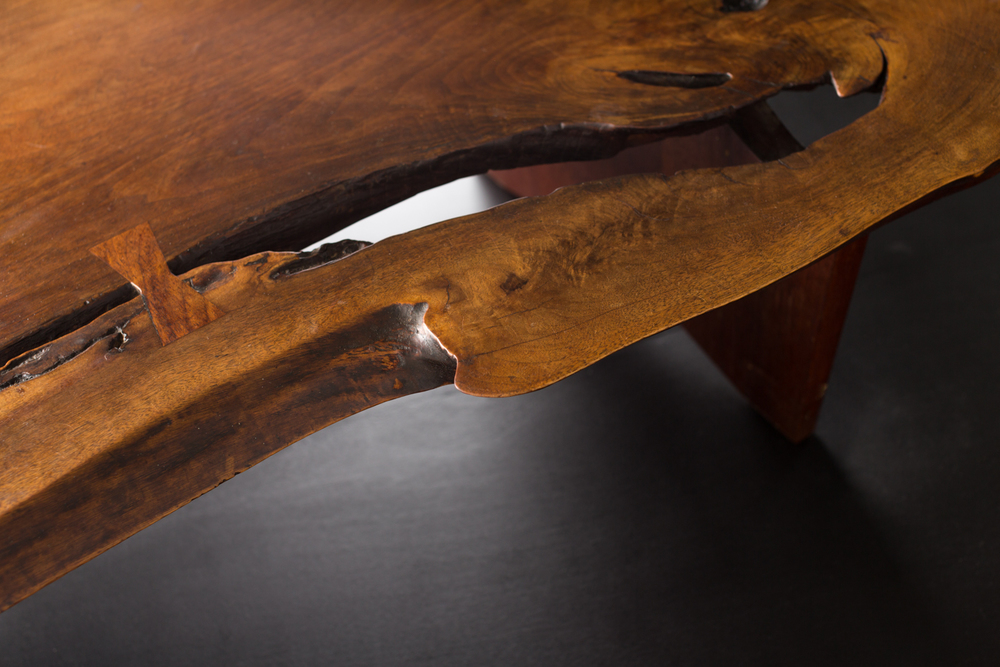 NAKASHIMA-TABLE-10.jpg