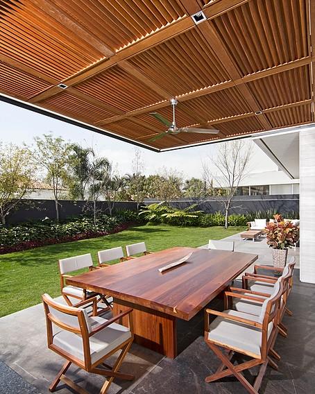 Villa_Magna_Mesa.jpg