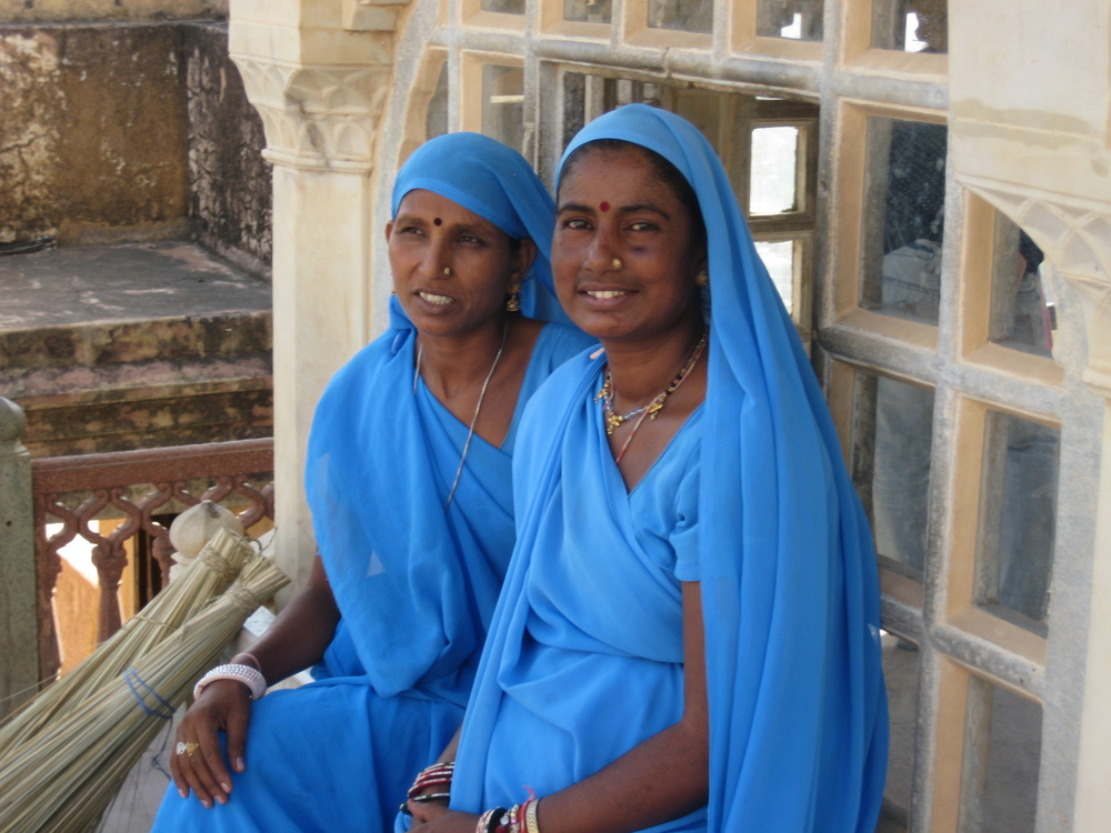 Beautiful ladies at the Amber Fort, India