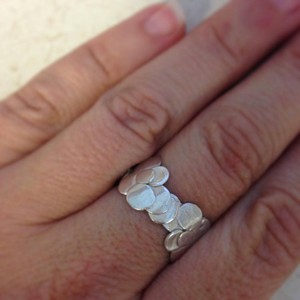 cfdf31e0377307 Sterling silver hand hammered ring. Minimalist jewelry and original design  by NTO Design. Floral