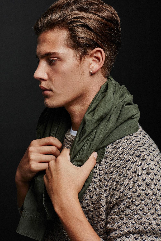 Photo -   C    hristian Ferretti     © American Eagle Outfitters
