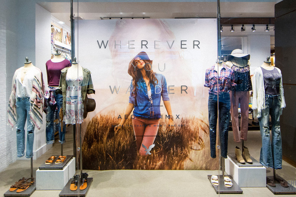 AEO Women's Window Display