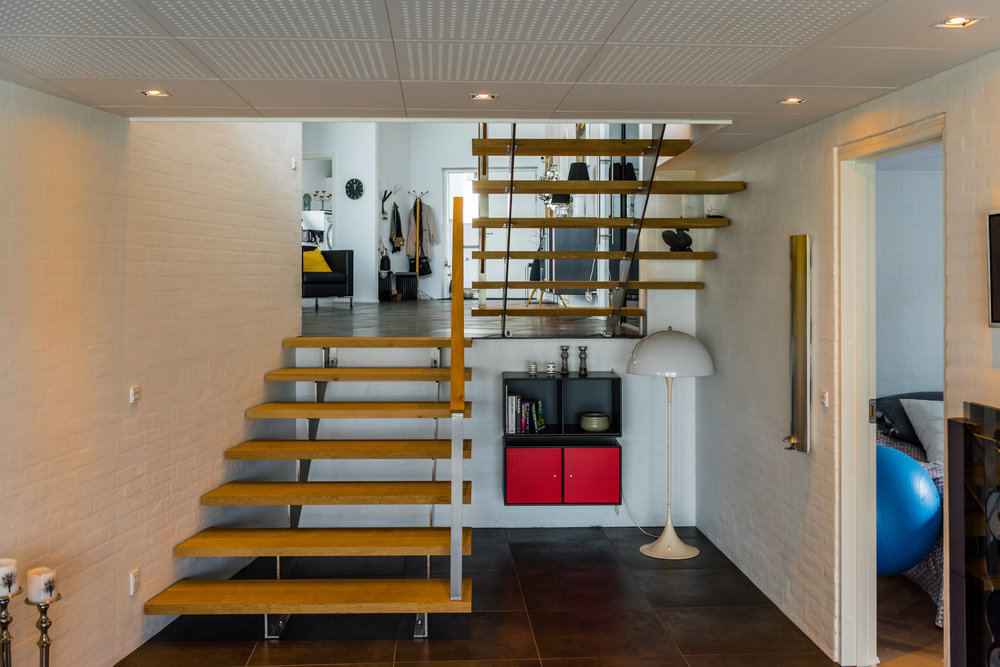 Fat Tables Stairs-5.jpg