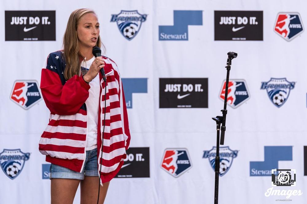Boston Breakers Defender Julie King talks to the crowd about the Breakers and Women's Soccer.