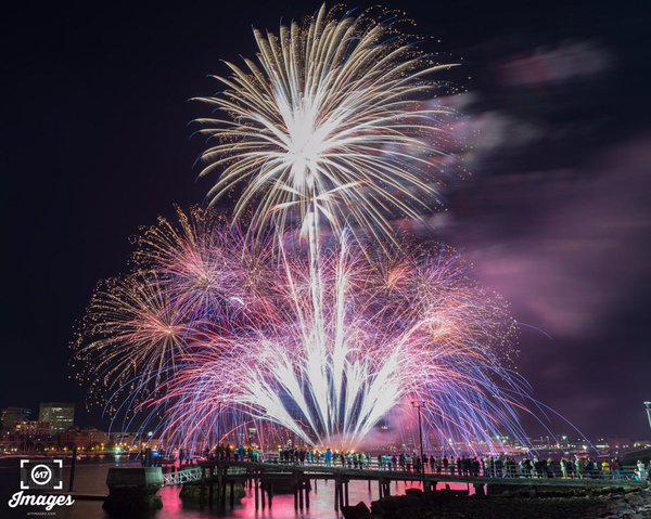 2015 Labor Day Fireworks over Boston Harbor. (Image by  617 Images )