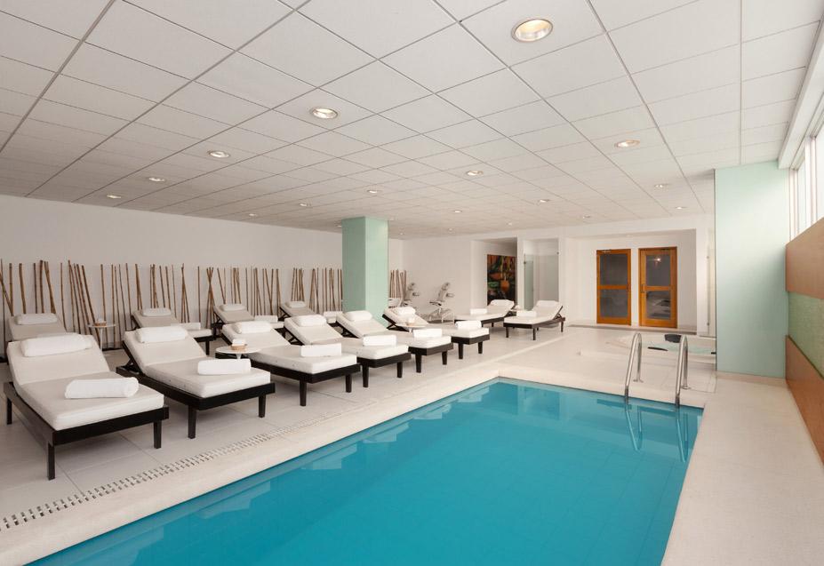 Wyndham Airport Hotel pool.jpg