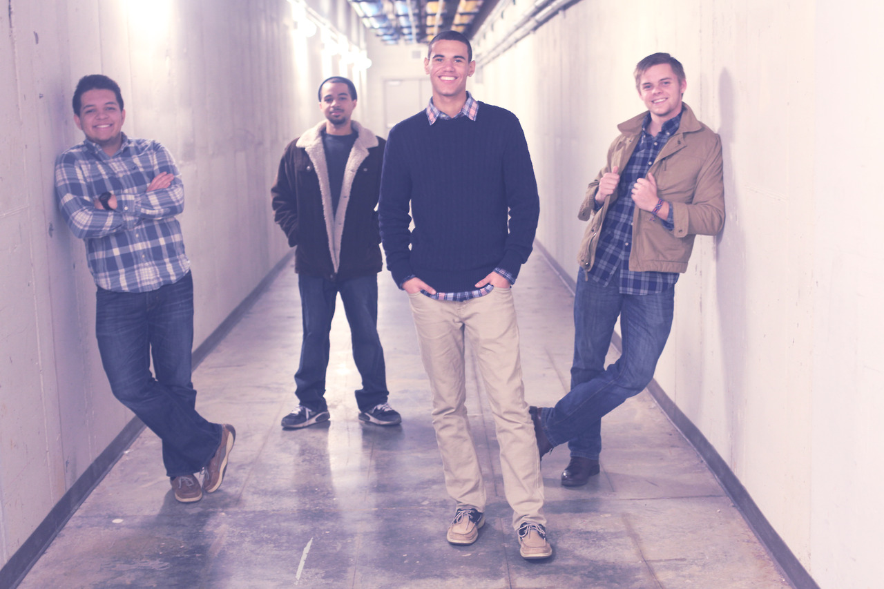 The Cameron Floyd   band promo shots are now up on the site.    Check them out  here .