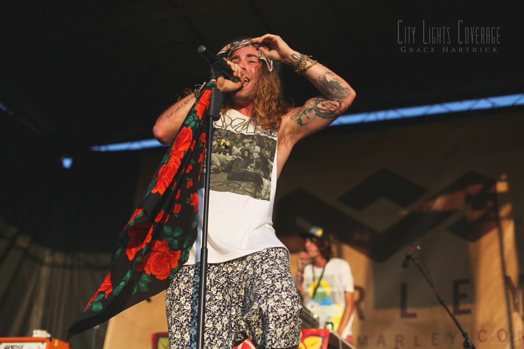 Mod Sun  July 30th - Charlotte, NC Vans Warped Tour 2012     View more photos here.      WEBSITE  ||  COVERAGE  ||  TWITTER ||  FACEBOOK                *Make sure to  follow us , interview with Mod Sun coming soon!*