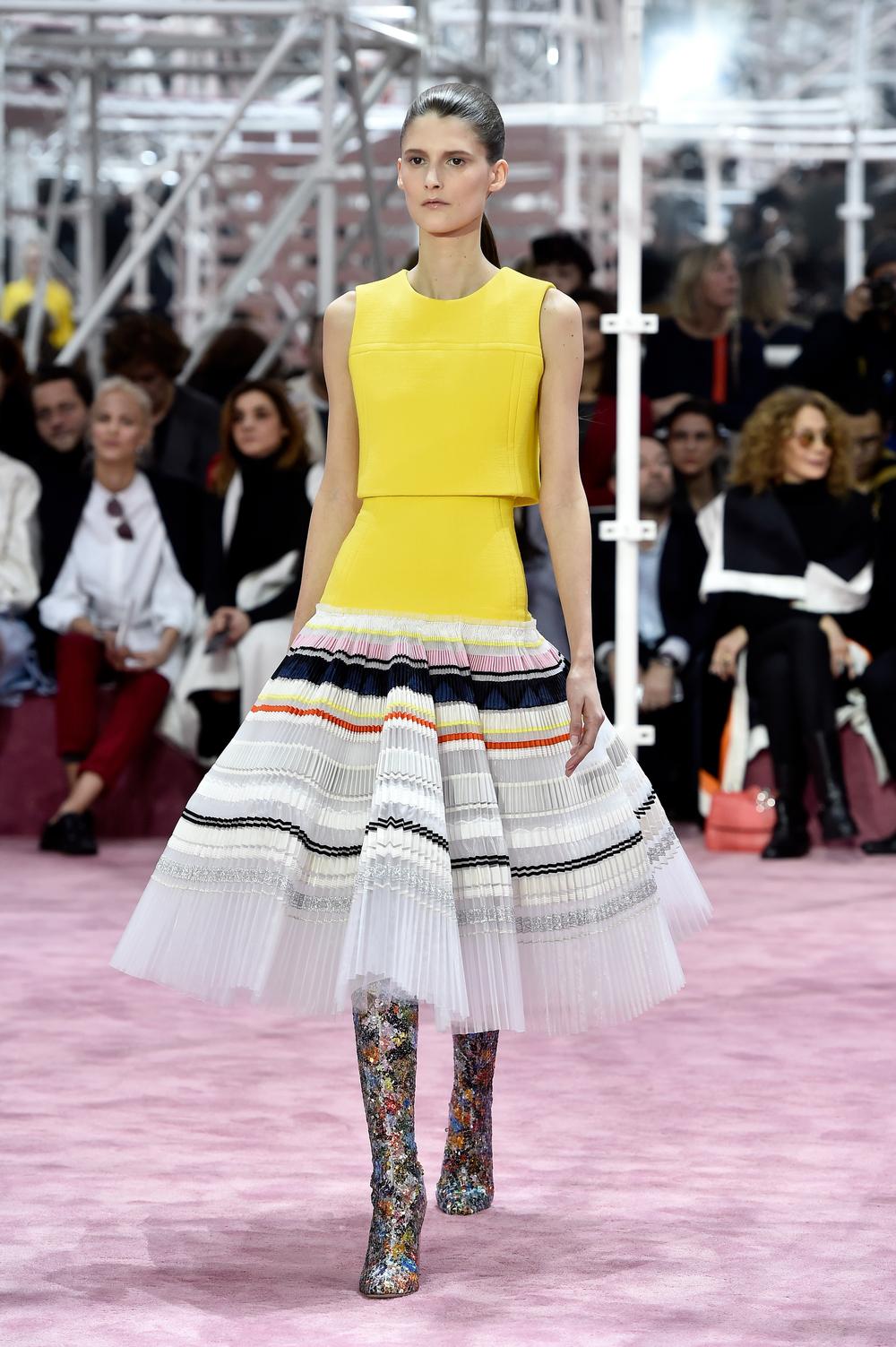christian-dior-haute-couture-spring-summer-2015-paris-462275056.jpg