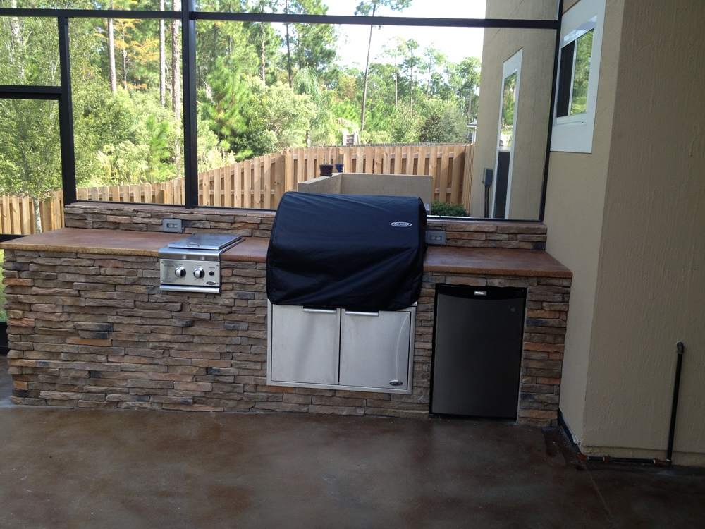 Outdoor Kitchen Addition