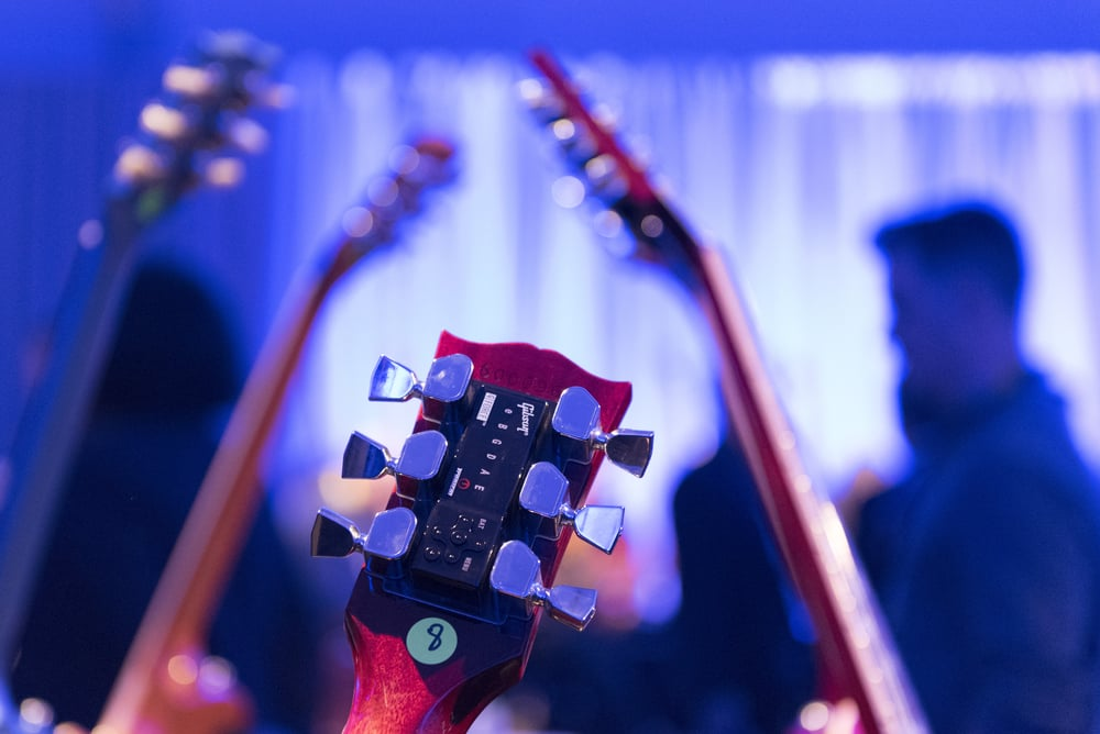 A Gibson G FORCE guitar tuner is shown on a Gibson SG guitar at the Gibson booth at the 2016 International Consumer Electronics Show (CES) in Las Vegas, Nevada, USA, 06 January 2016. Photo: Jason Ogulnik/dpa