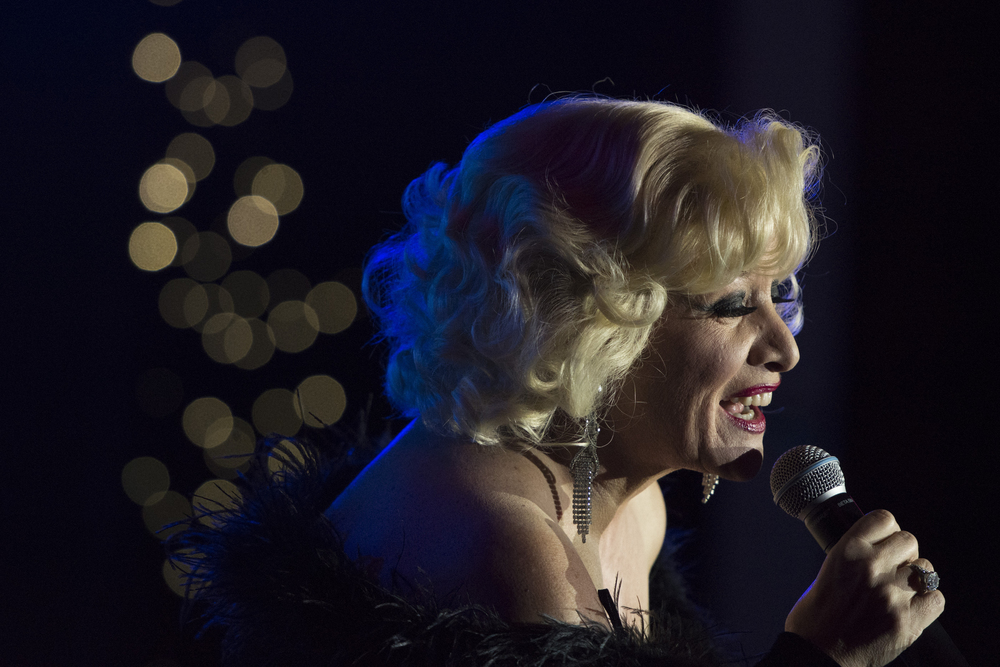 Bette Midler impersonator Sherrie Rae Parker performs during The Reel Awards at Golden Nugget Hotel Casino in Las Vegas Monday, Feb. 22, 2016. The Reel Awards are meant to be a humorous tribute to the real Academy Awards. Jason Ogulnik/Las Vegas Review-Journal