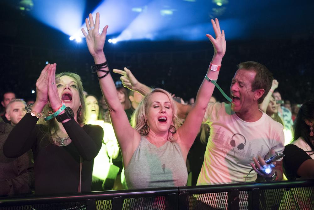 Fans sing along as Duran Duran performs at Mandalay Bay Events Center in Las Vegas Friday, July 29, 2016. Jason Ogulnik/Las Vegas Review-Journal