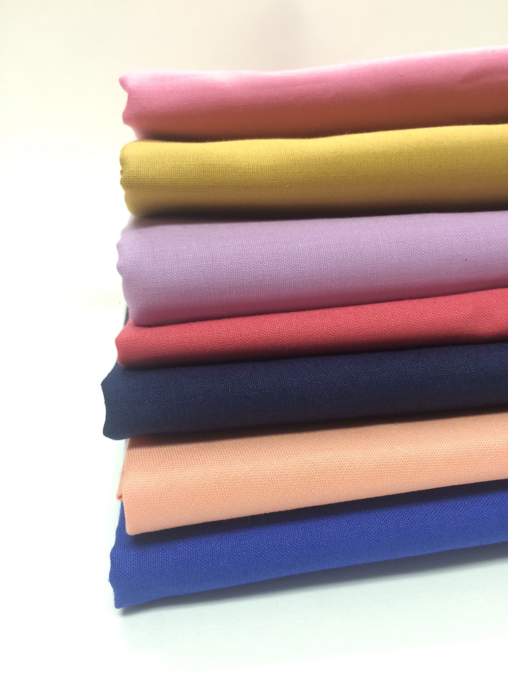 Fabric Colors: Flamingo 338, Night 280, Hot Pink 217, Electric Blue 296, Rio 311, Marvelous 332, and Golden 285